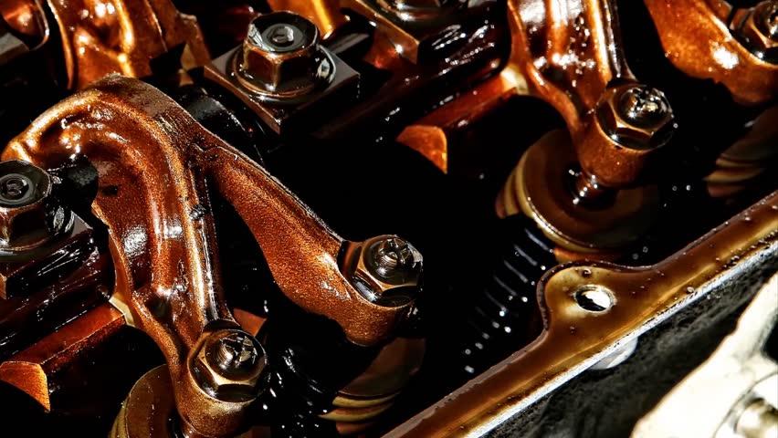 Какие присадки в двигатель стоит заливать?