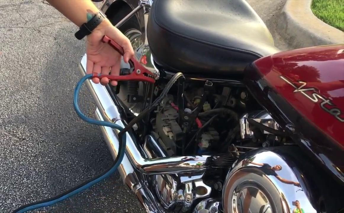 Аккумулятор для мотоцикла. Как выбирать, чем заряжать